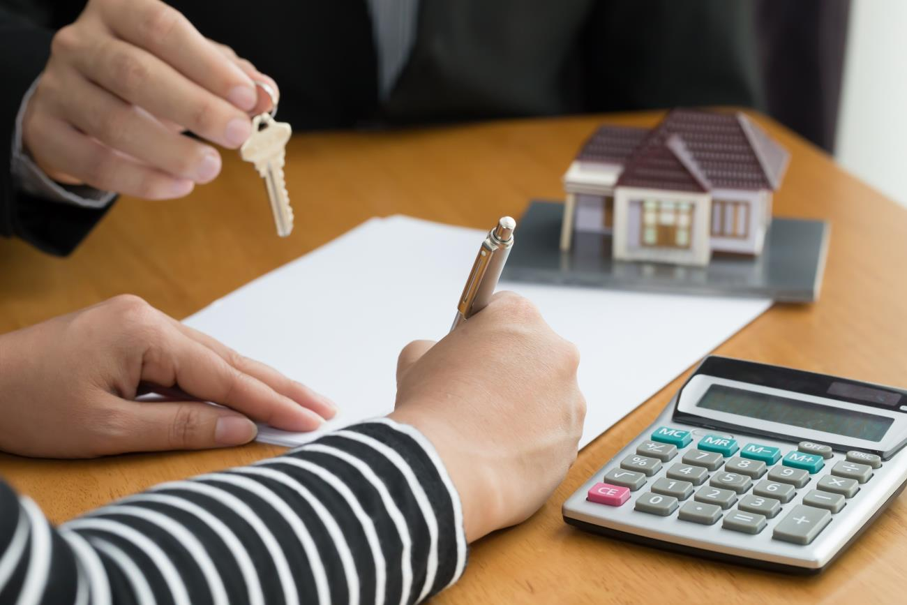 How To Get The Best Interest Rate for Your Mortgage: 3 Tips